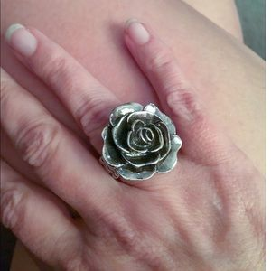 Jewelry - 🌟Vintage Rose 🌹 Ring One Size